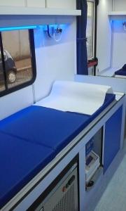 L'interno della nuova autoemoteca donata all'AVIS Roma da Fondazione Roma
